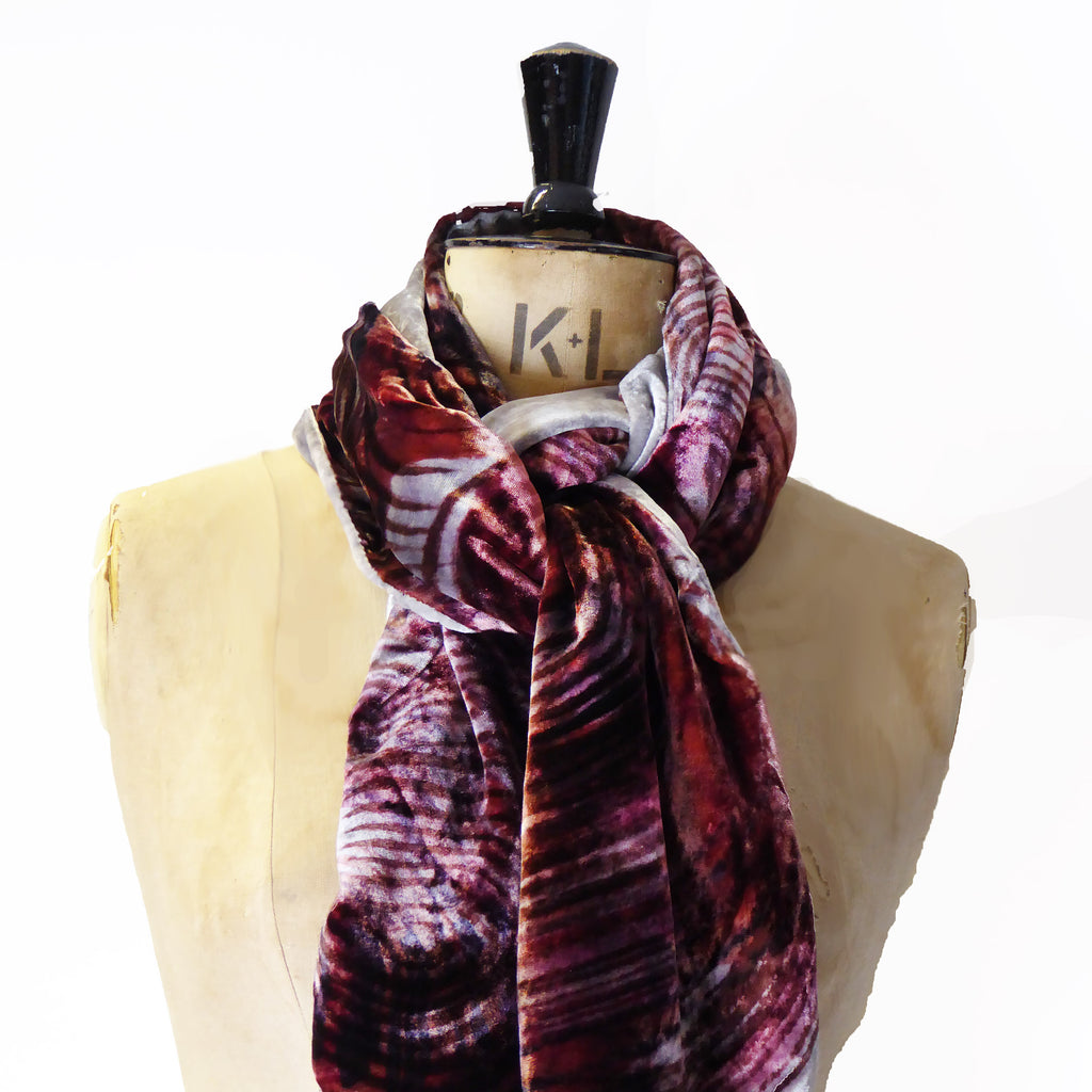 Hand-painted scarf - Swirls 220