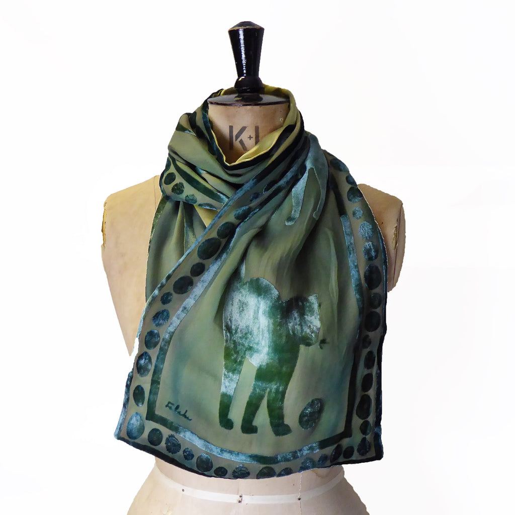 Hand-painted scarf - Cat in green  225