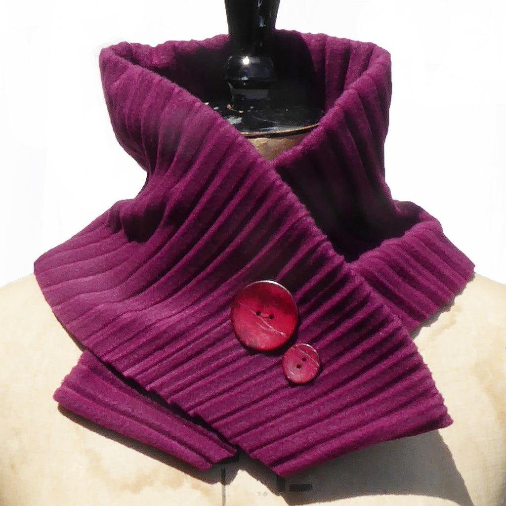 Button collar - Wine