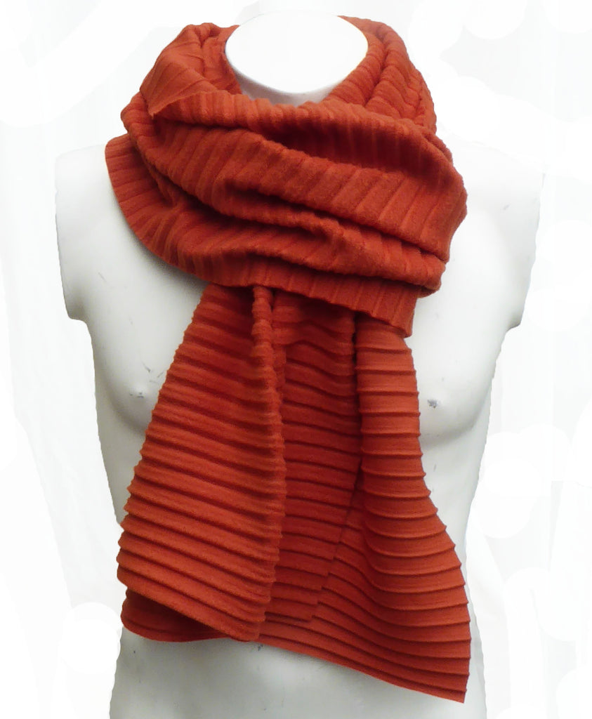Pleated scarf - Rust - annafalcke.com