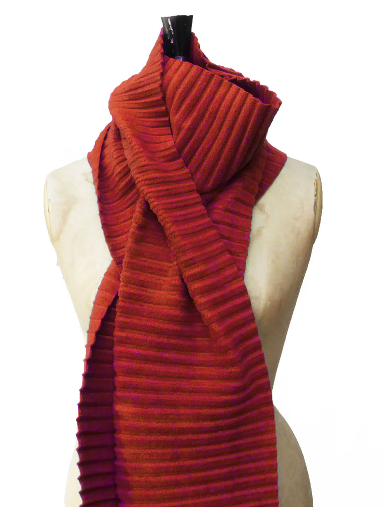 Long Pleated Scarf - Red - annafalcke.com