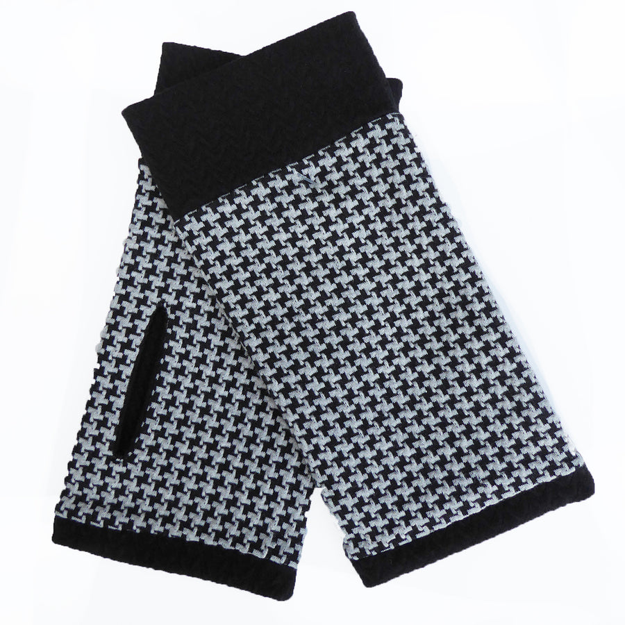Organic Jacquard cotton wristees - Black & silver