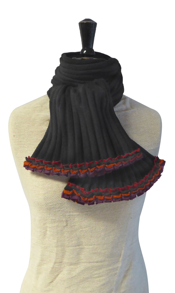 Ruffle Scarf - Black/Reds - NEW - wristies