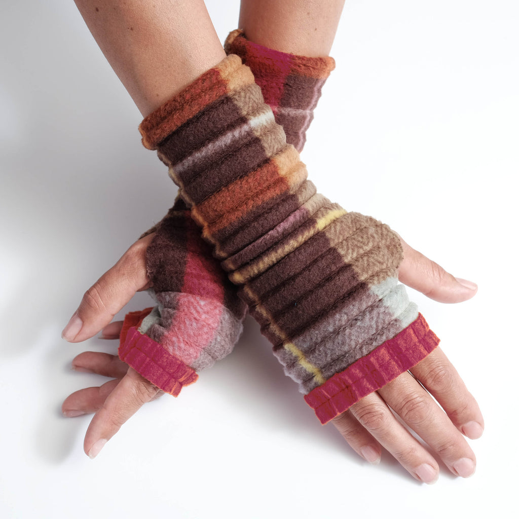 Wristee® Ruffle - Brown Check - wristies