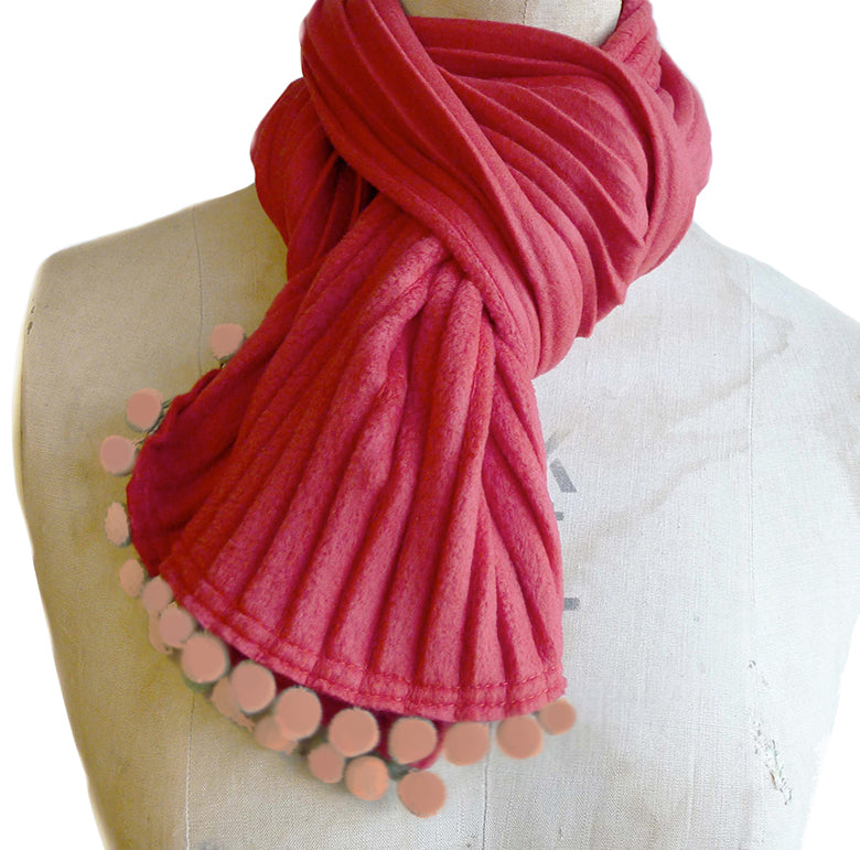 Pom pom scarf - Red berry/rose trim - annafalcke.com