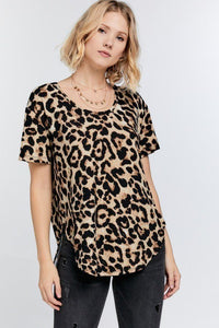 Wild Animal Print Round Neck Short Sleeve Tee