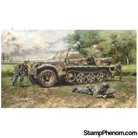 Italeri - Sd.Kfz.10 Demag D7 with German Paratroops 1:35-Model Kits-Italeri-StampPhenom