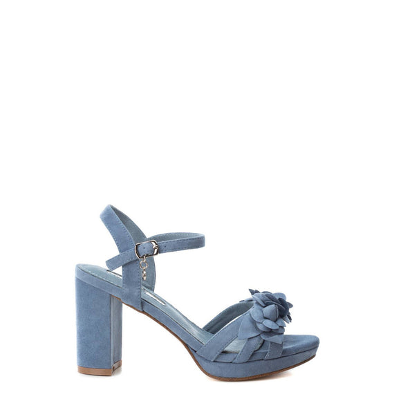 Xti - Solid Flower Sandals - Block Heels