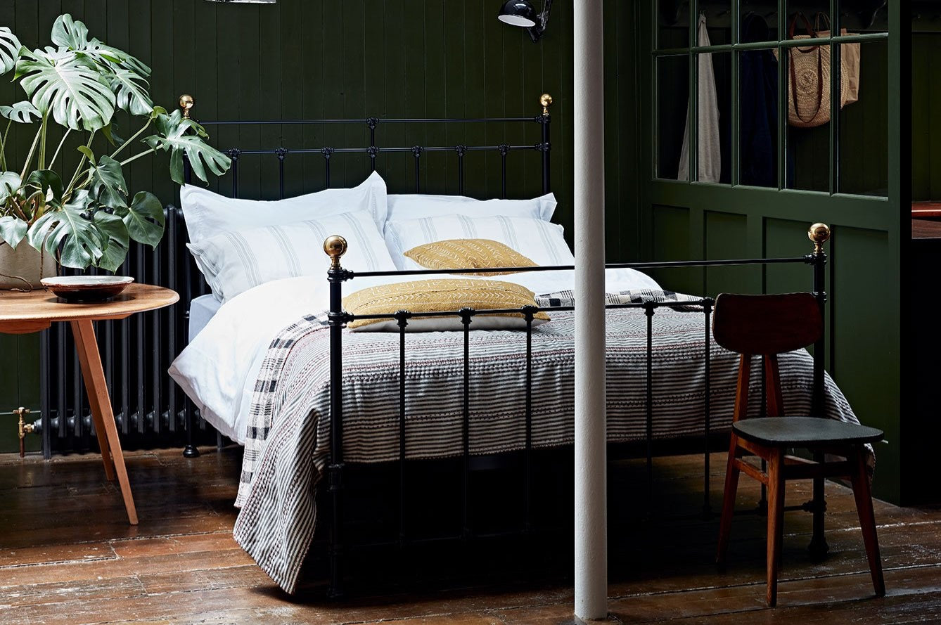 Brass Beds Bedframes Amp Bedsteads The Cornish Bed Company