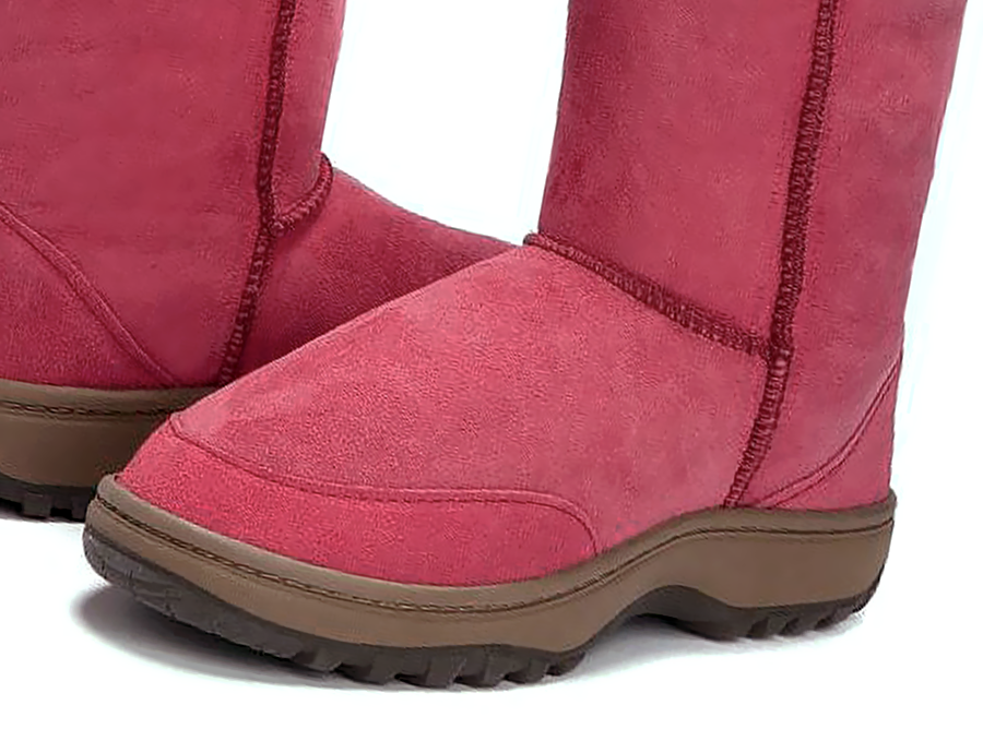 Adults Burgundy Short Deluxe Ugg Boot Outdoor Sole Detail