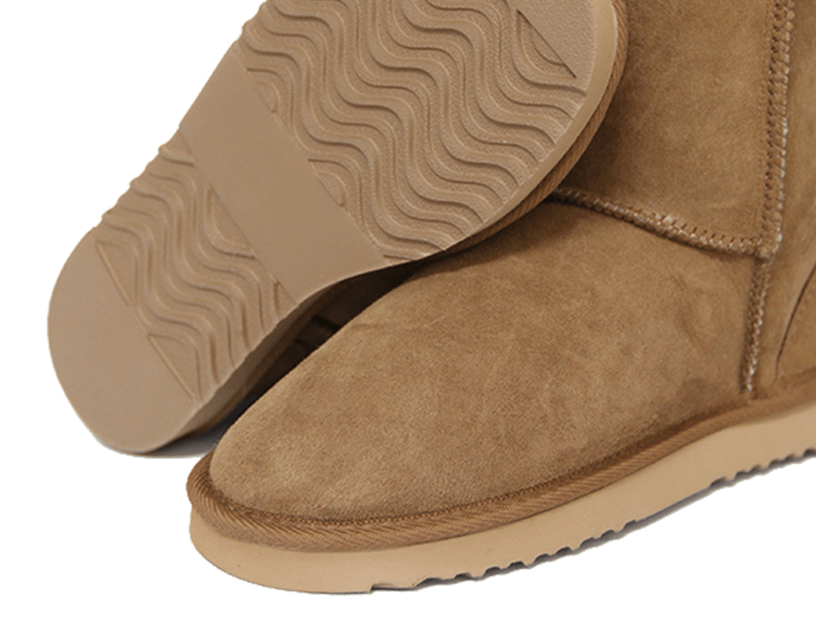 Adults Chestnut Mid Bow Ugg Boot Sole Detail