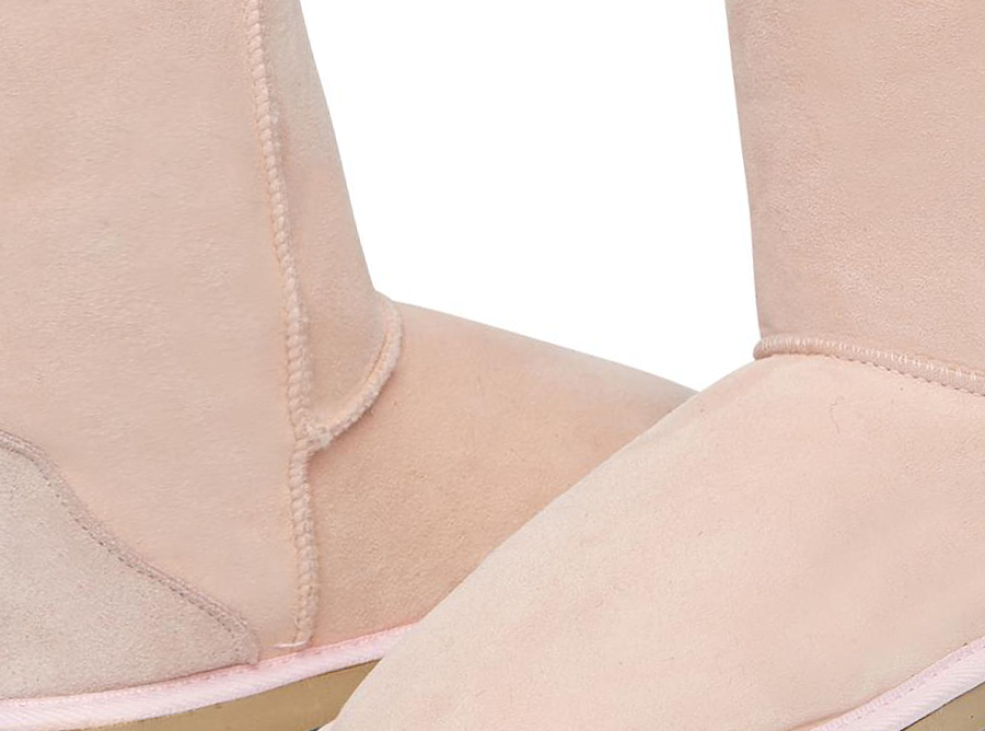 Adults Pink Short Deluxe Ugg Boots Detail