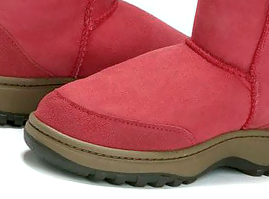 Adults Scarlet Classic Short Ugg Boots Outdoor Sole Detail