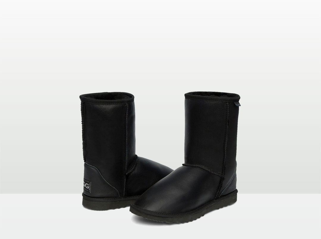 Adults Black Napa Short Deluxe Ugg Boots