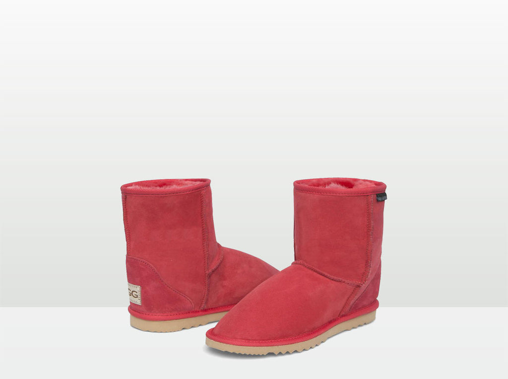 Adults Scarlet Classic Short Ugg Boots
