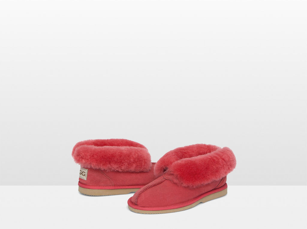 Adults Scarlet Classic Ugg Style Slipper