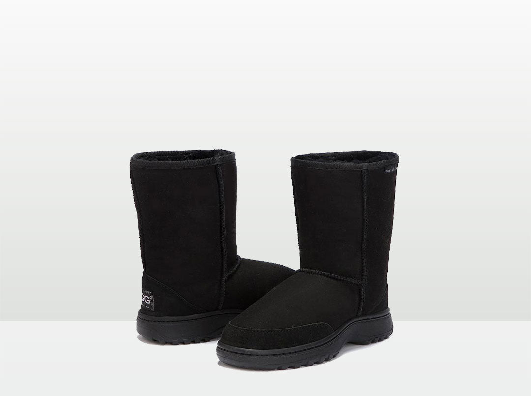 Adults Black Outdoor Short Deluxe Ugg Boots