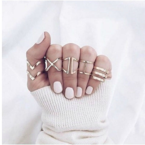 "Vintage Gold Geometry ""v"" Shape Rings Set"