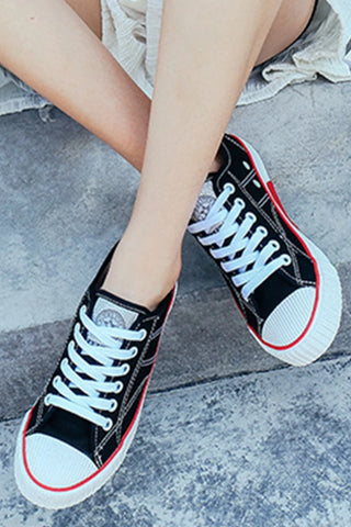 Flat Criss Cross Round Toe Casual Sneakers