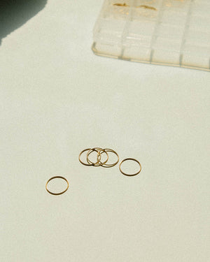 Skinny Round About Ring – Gold Filled