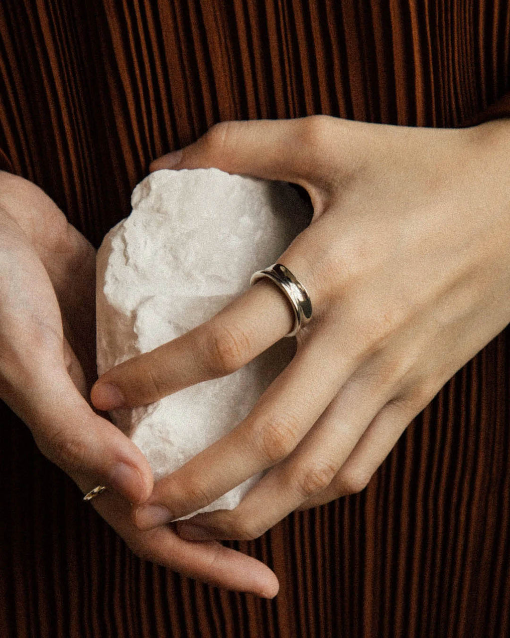 the squish ring is made from an organic shape that looks different from every angle