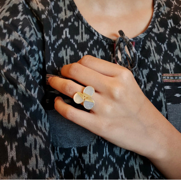 3 Mother Pearl Ring