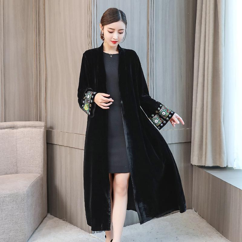 Plus Size Fall Winter Retro Embroidery Velvet Midi Coats For Women