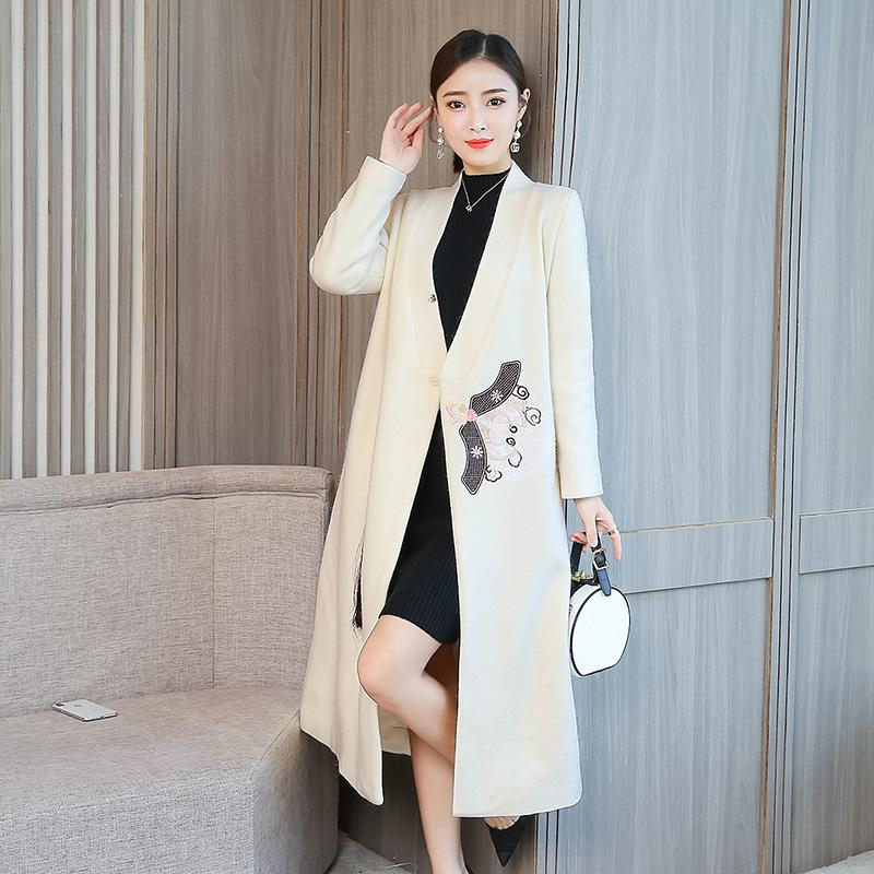 Plus Size Winter Wool Retro Embroidery V-neck Midi Overcoats For Women