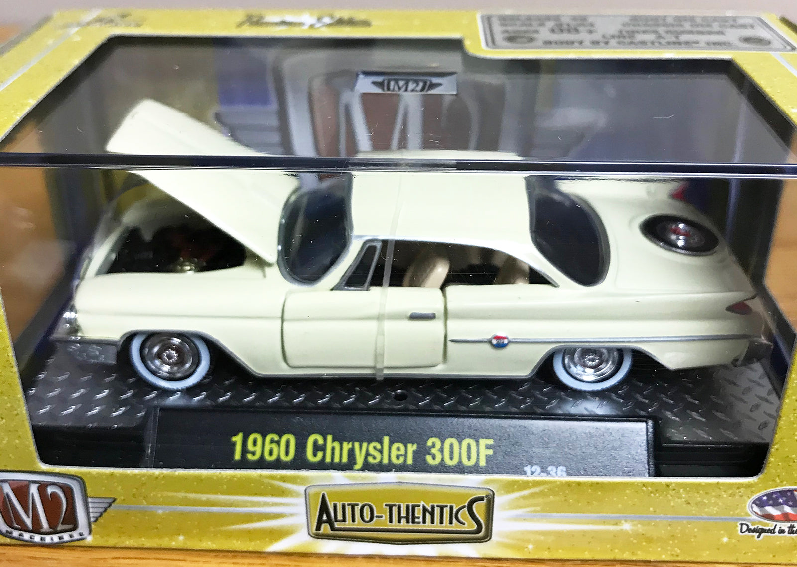 S 1960 Chrysler 300F - Beige