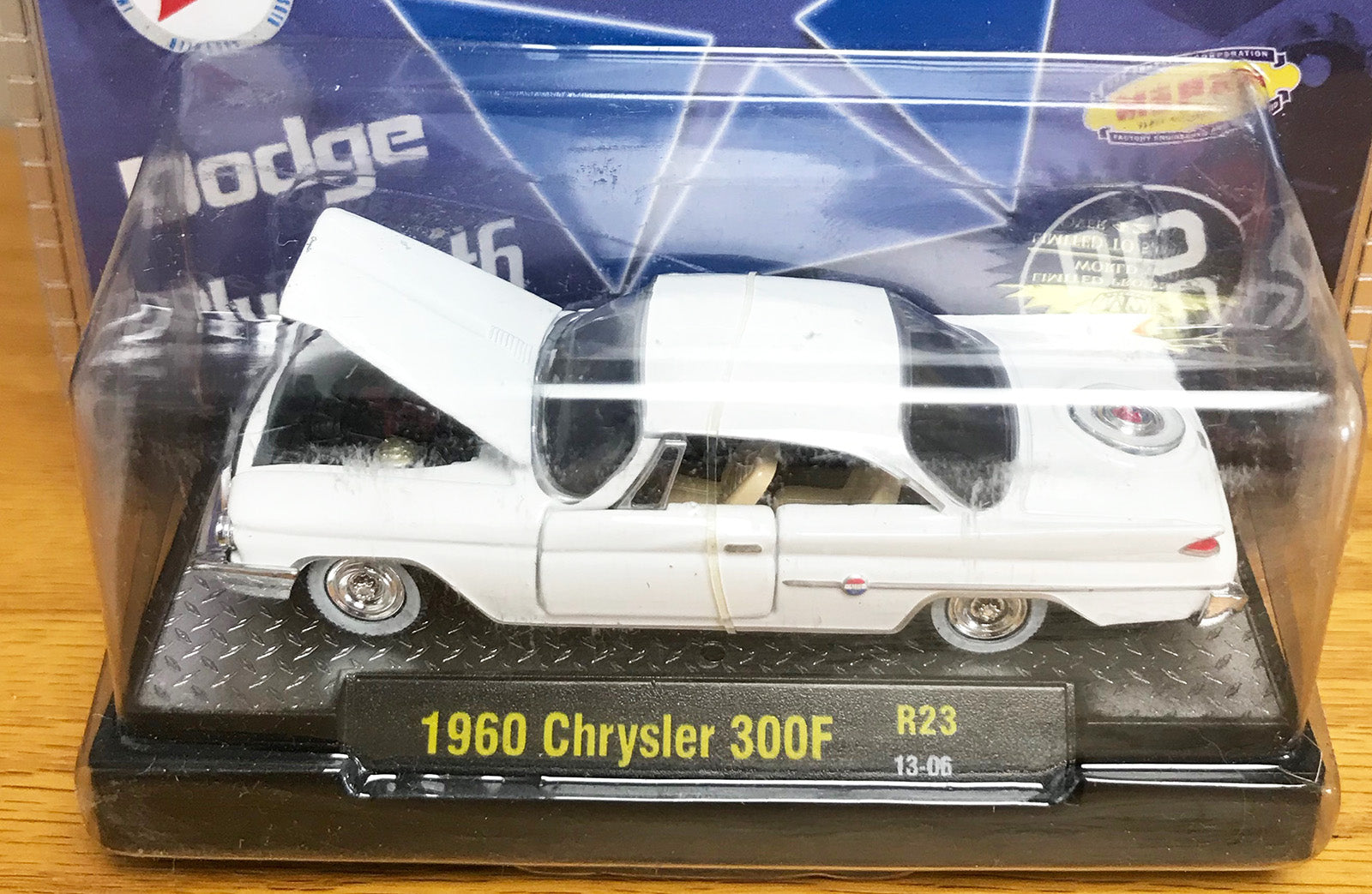 S 1960 Chrysler 300F - White