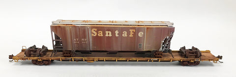 N Custom 89' Flat w/Damaged ATSF Hopper