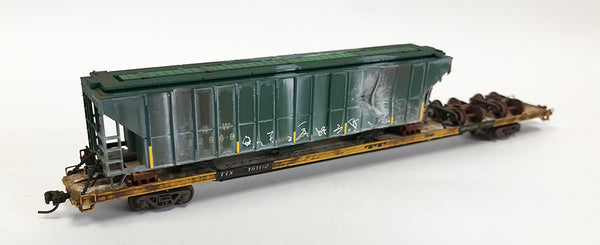 N Custom 89' Flat w/Damaged CNW Hopper