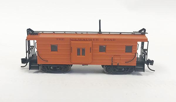 N Milw 1951 Built Caboose/ w Maroon Let - No number