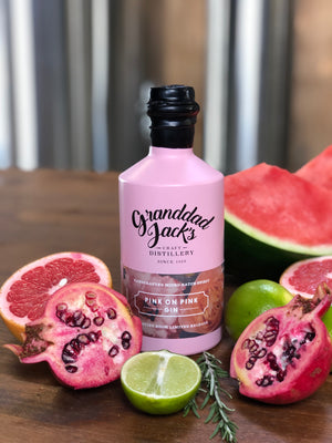 pink-on-pink-gin-with-fruit