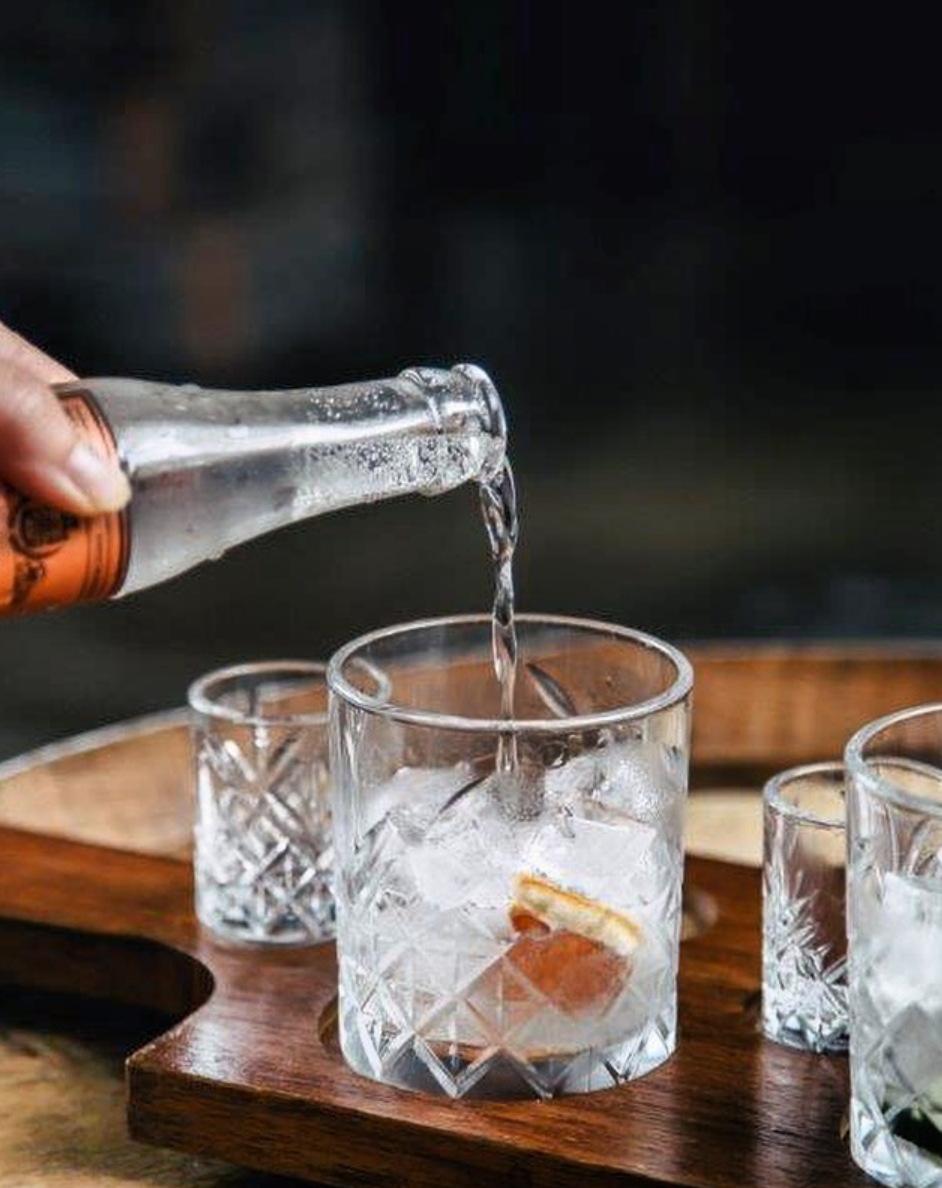 Tonic Pouring