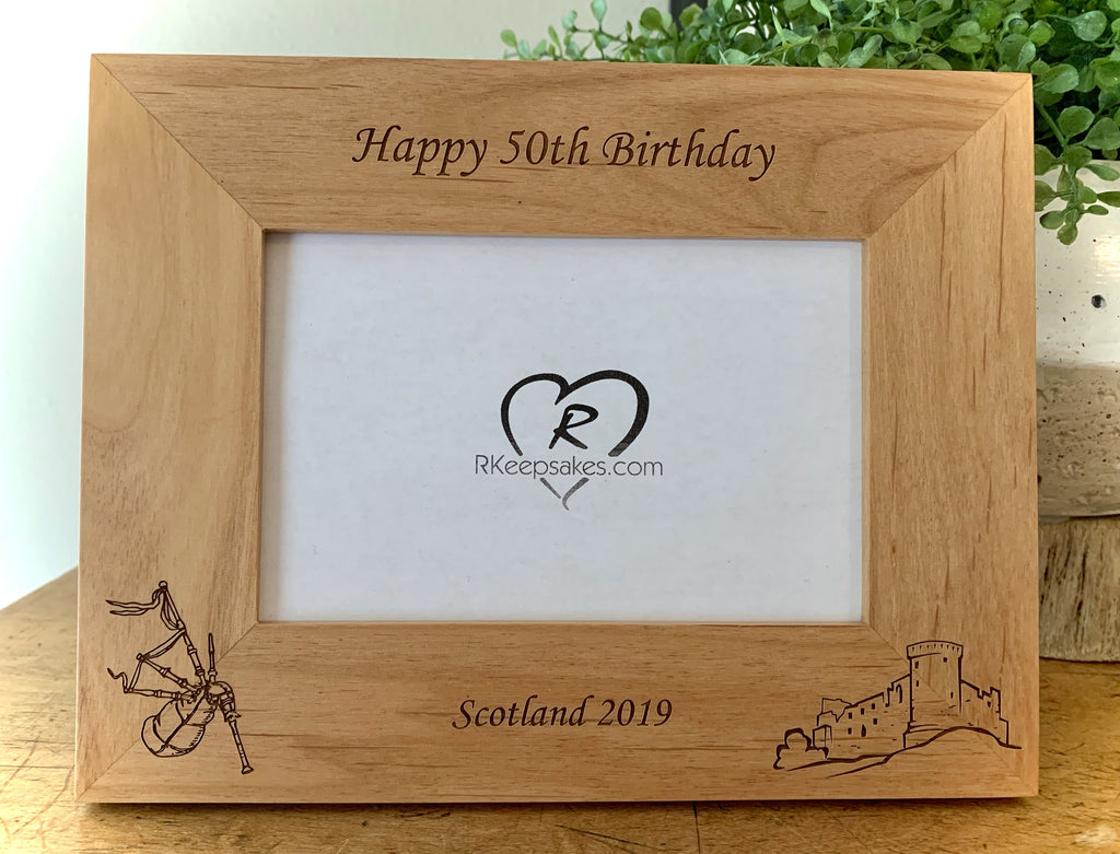 Scotland picture frame with bagpipes and castle engraved, customizable text