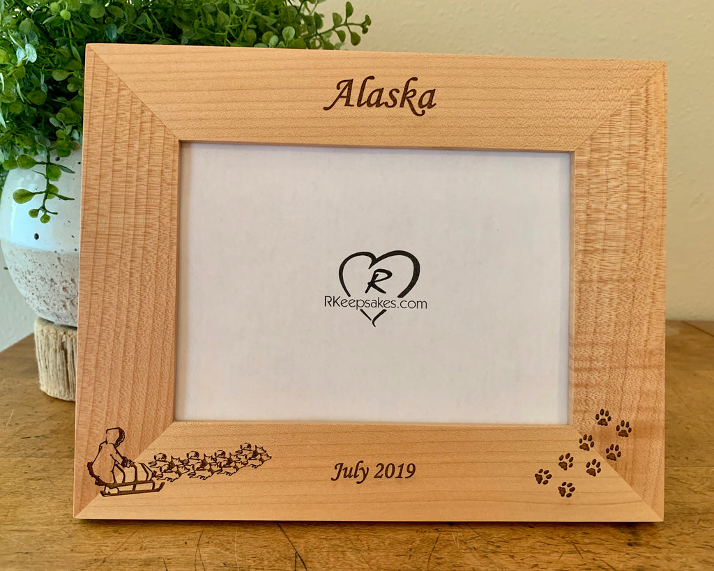 Dog sled picture frame with custom text engraved