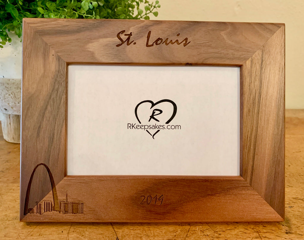 St Louis Picture Frame with Custom Text and image of St Louis Arch engraved, in walnut