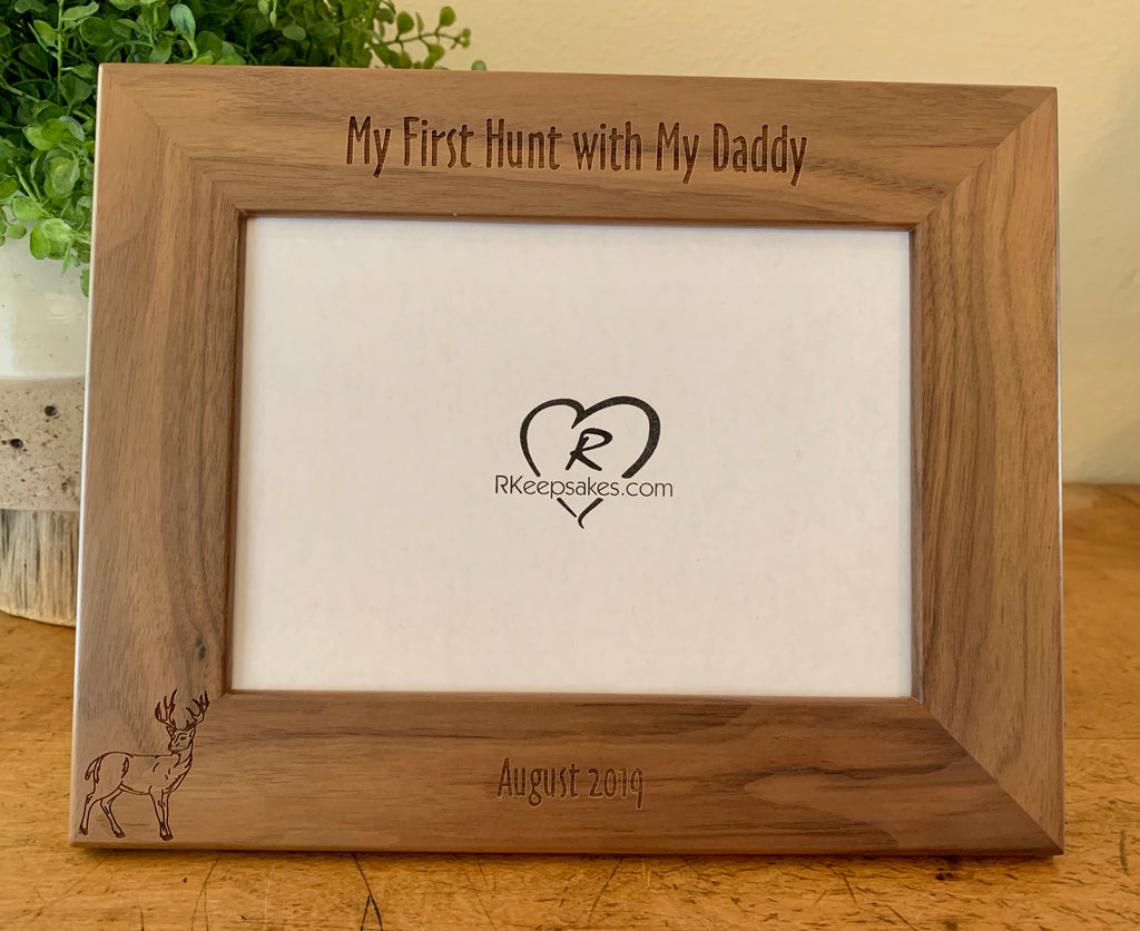Buck picture frame with custom text and buck image engraved at the bottom