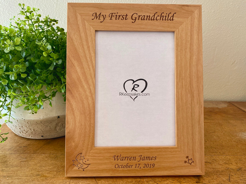 Personalized Baby Frame with custom text, Moon and stars engraved at bottom