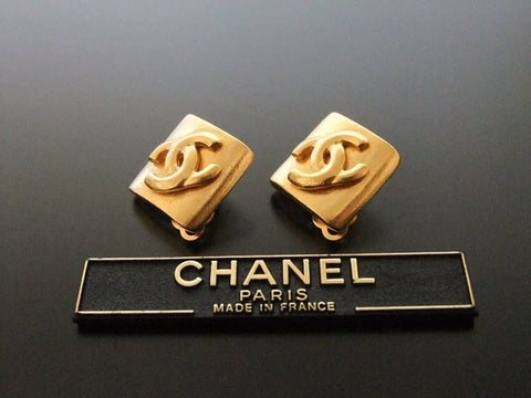Authentic vintage Chanel earrings gold CC rhombus small