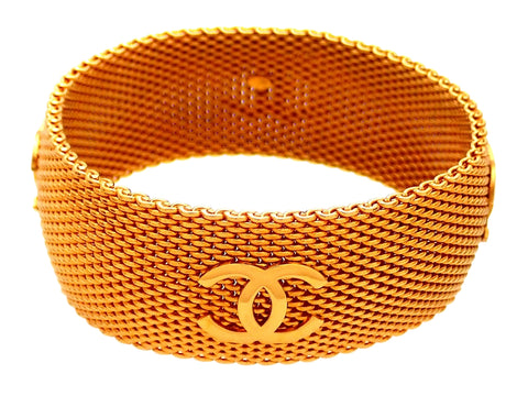 Authentic Vintage Chanel bracelet Gold knitted chain CC logo
