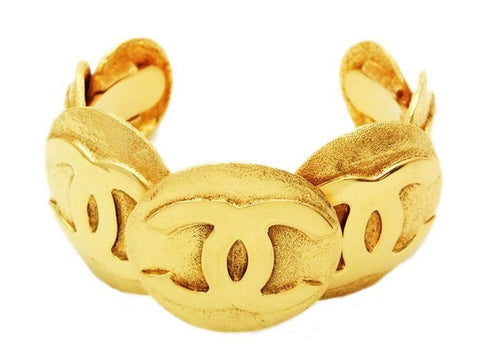 Authentic Vintage Chanel cuff bracelet bangle 7 gold CC round