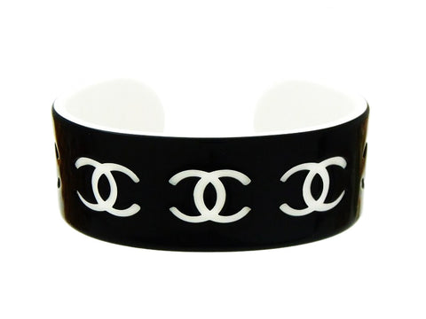 Chanel cuff bracelet white CC black plastic Authentic