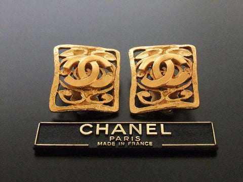 Authentic vintage Chanel earrings gold CC quad