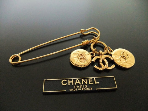 Authentic Vintage Chanel pin brooch gold CC medal safety pin