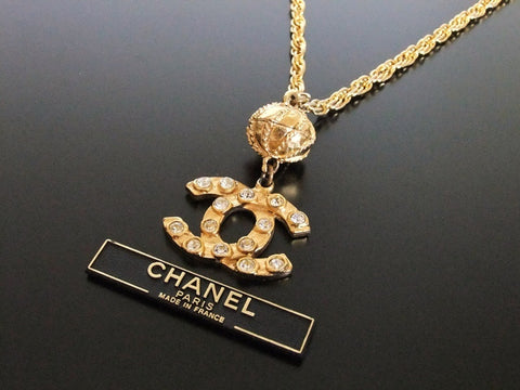 Authentic vintage Chanel necklace chain rhinestone CC pendant