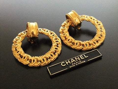 Authentic vintage Chanel earrings gold swing CC ring