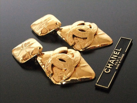 Authentic Vintage Chanel earrings swing gold CC rhombus huge