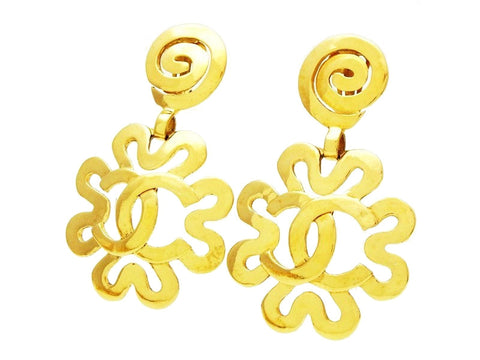 Vintage Chanel dangling earrings CC logo flower Authentic